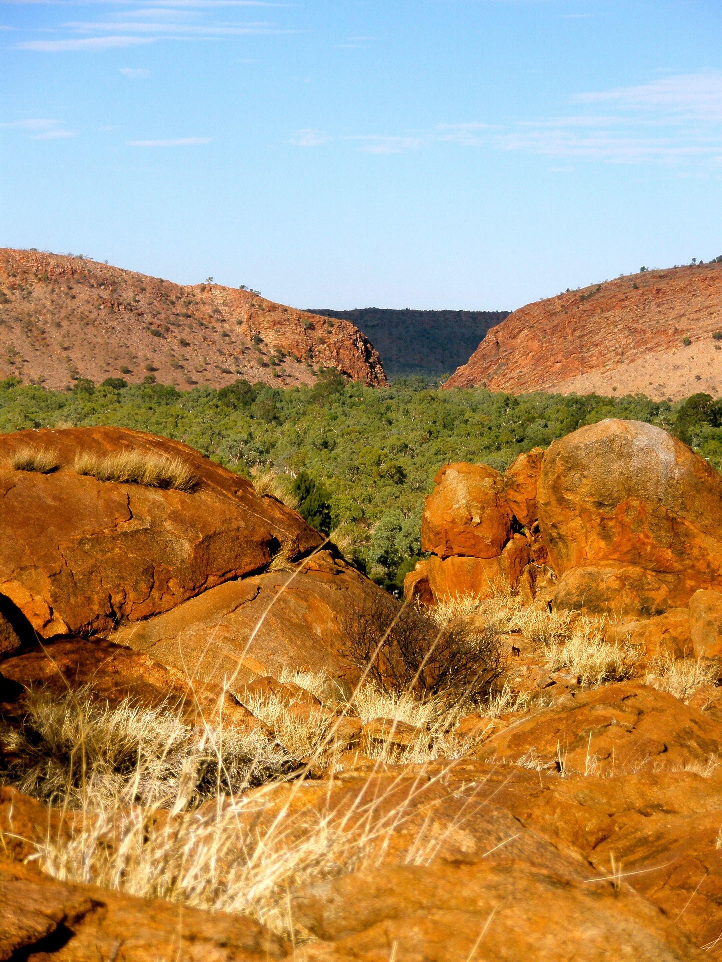 Photo of Heavitree gap, Alice Springs, Central Australias